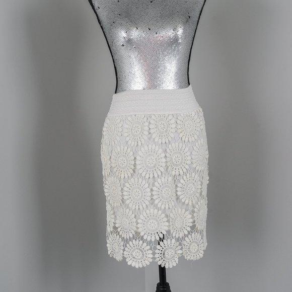 NWOT Blue Island Lace skirt - L/XL
